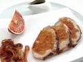 Свинина запеченная с сакэ и апельсиновым соусом