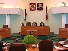 У властей появится возможность не подыскивать очередникам жилье в пределах Москвы